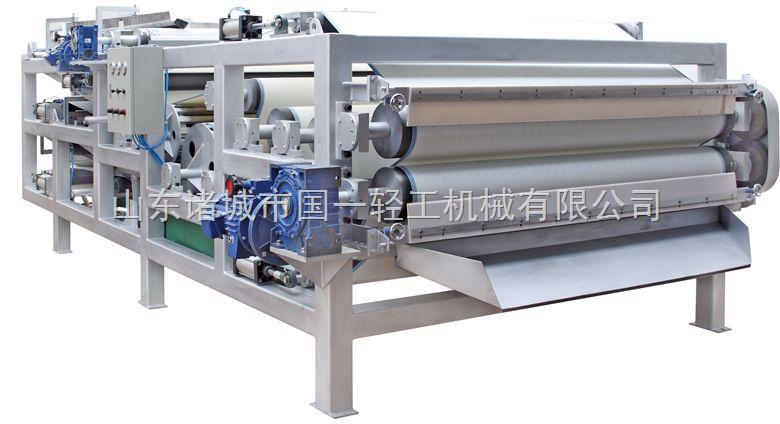 真空带式过滤机 真空吸滤机 真空带式压滤机在胶带的支承方式上,采用